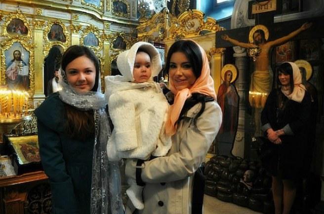 Фото крестин ребенка киркорова